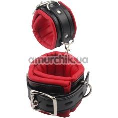 Фиксаторы для рук Behave! Luxury Fetish Super Soft Hand Cuffs, черно-красные - Фото №1